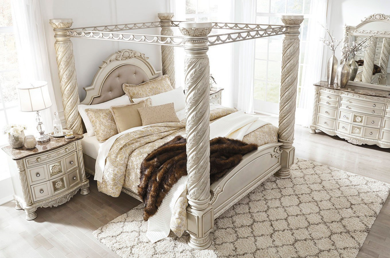 cassimore canopy bedroom set - Canopy Bedroom Sets