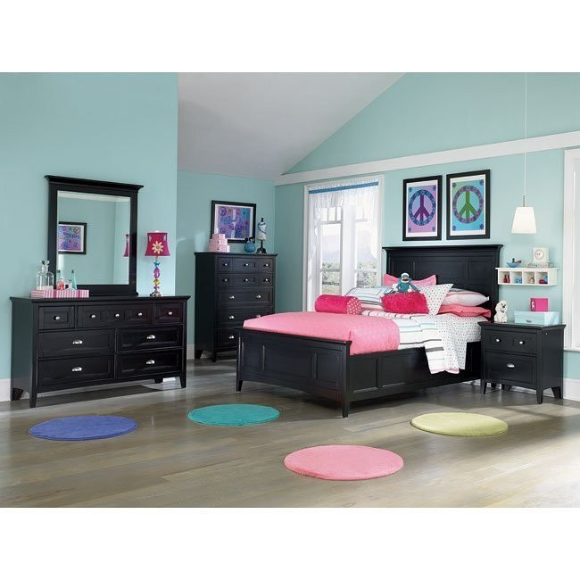 Bennett Panel Bedroom Set