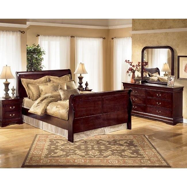 Janel Sleigh Bedroom Set